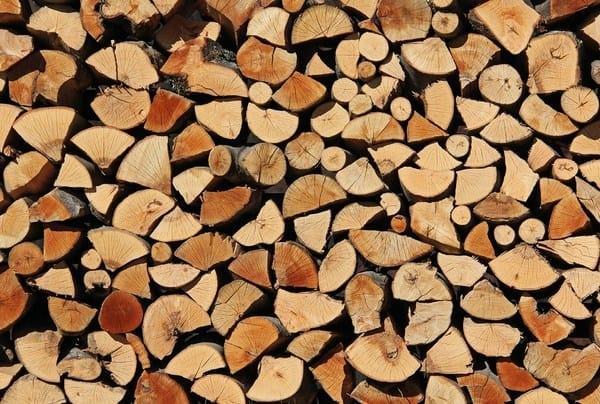 Stockage bois feu poele cheminee